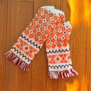 New Handmade Mittens New Wool